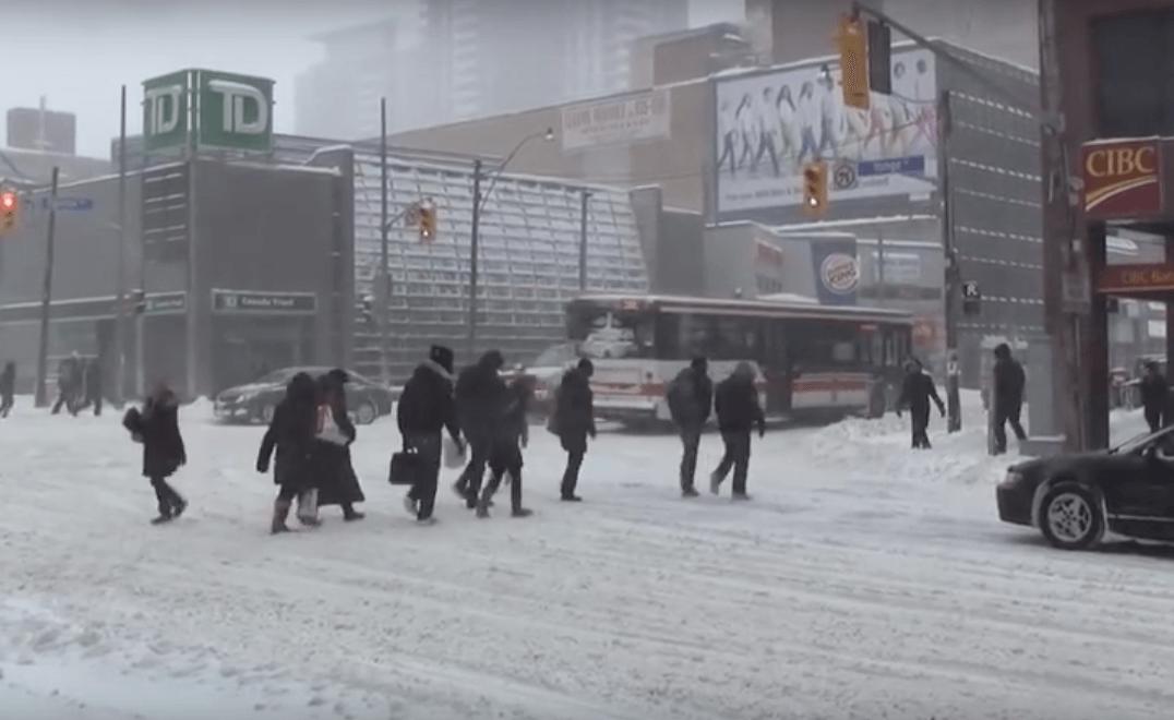 Toronto, Ontario Winter Snow Storm – Canada, eh ?